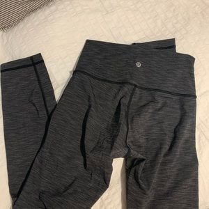 Lululemon grey leggings